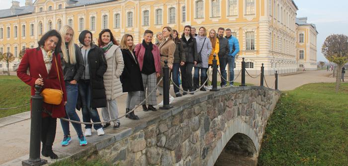 Замки, усадьбы и поместья Латвии для MICE